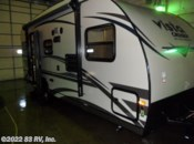 2015  Gulf Stream Vista Cruiser 19DSR by Gulf Stream from 83 RV, Inc. in Mundelein, Illinois