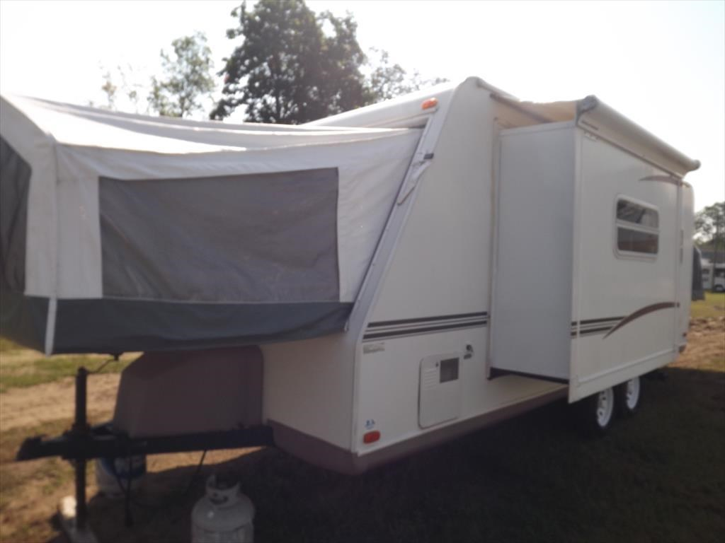 Cool 2016 Used Livin Lite CAMPLITE 13QBB Travel Trailer In