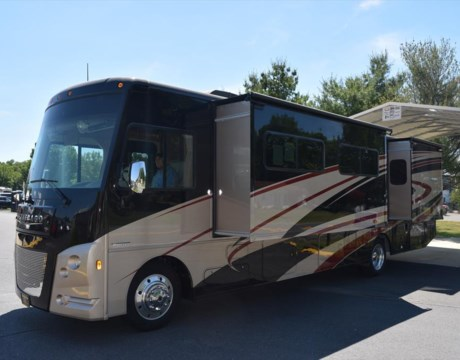 Elegant 2007 Fleetwood Providence 40 Motor Home 350HP Cat Diesel Engine, Full Wall Slide Out, Bedroom Slide Out Outdoor Kitchen Slide Outin Motion Satellite With 3 Tvs, Washer, Dryer, Auto Jacks Everything Works, No Issues What So Ever