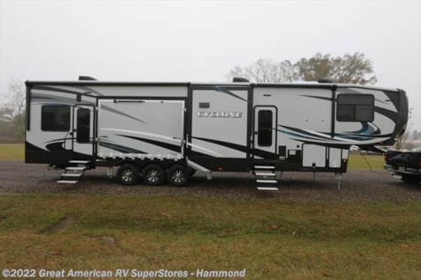 2017 Heartland RV Cyclone  4250