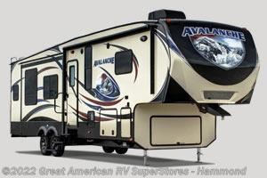 2017 Keystone Avalanche  300RE