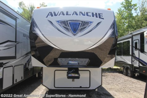 2018 Keystone Avalanche  300RE1