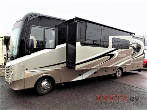Used 2017 Fleetwood Storm 32A For Sale by Fretz RV available in Souderton, Pennsylvania