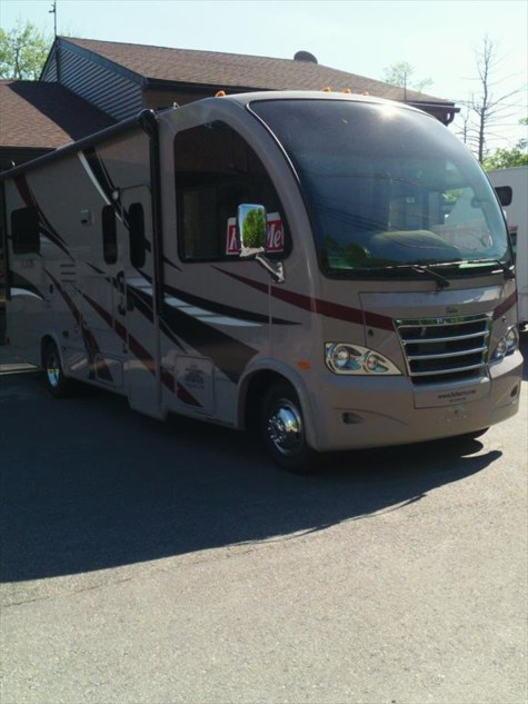 Used 2015 Thor Motor Coach Axis 24.1 For Sale by Fuller Motorhome Rentals available in Boylston, Massachusetts