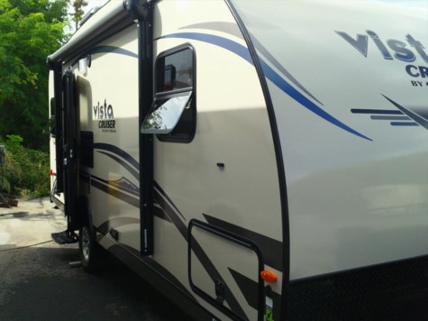 Used 2015 Gulf Stream Vista Cruiser 19ERD For Sale by Fuller Motorhome Rentals available in Boylston, Massachusetts