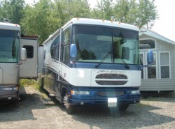 Used 2004  Gulf Stream Sun Voyager  by Gulf Stream from Fuller Motorhome Rentals in Boylston, MA