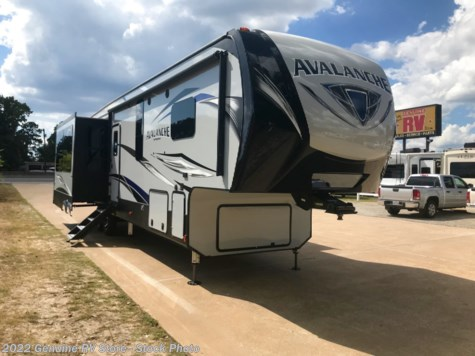 New 2019 Keystone Avalanche 366MB For Sale by Genuine RV Store available in Nacogdoches, Texas