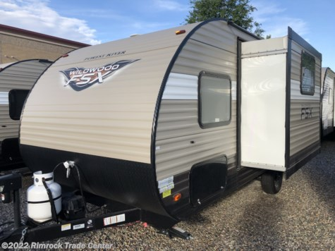 New 2018 Forest River Wildwood FSX 207BH For Sale by Rimrock Trade Center available in Grand Junction, Colorado