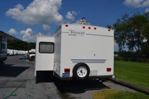 2005 Fleetwood Terry  29BHS