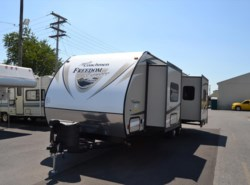 New 2017  Coachmen Freedom Express 276RKDS by Coachmen from Delmarva RV Center in Seaford in Seaford, DE