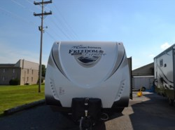 New 2017  Coachmen Freedom Express 320BHDS by Coachmen from Delmarva RV Center in Seaford in Seaford, DE