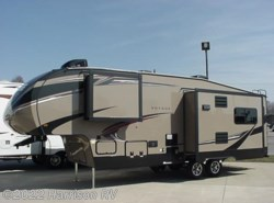 New 2016  Winnebago Voyage 28SGS by Winnebago from Harrison RV in Jefferson, IA