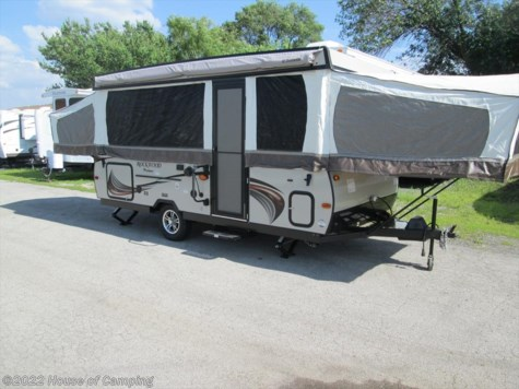 New 2018 Forest River Rockwood Premier 2716G For Sale by House of Camping available in Bridgeview, Illinois