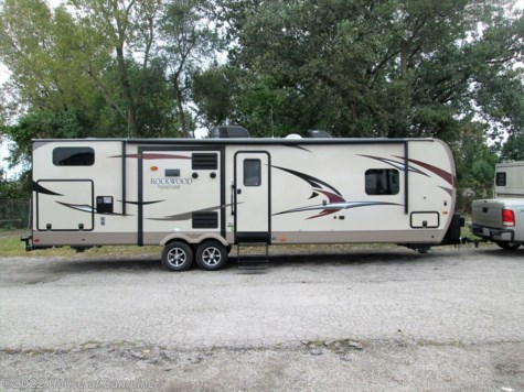 2017 Forest River Rockwood Signature Ultra Lite  8327SS