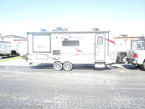 New 2018 Forest River Rockwood Roo 24WS For Sale by House of Camping available in Bridgeview, Illinois