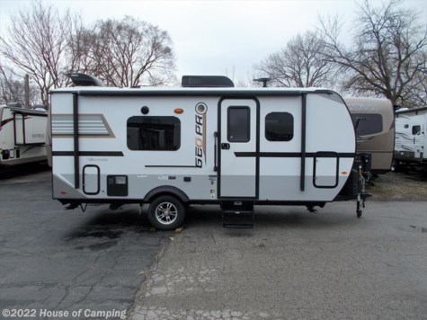 New 2018 Forest River Rockwood Geo Pro G19FD For Sale by House of Camping available in Bridgeview, Illinois