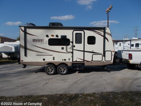 Used 2017 Forest River Rockwood Mini Lite 2104S For Sale by House of Camping available in Bridgeview, Illinois