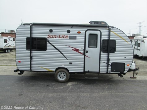 New 2017 Sunset Park RV EZTraveler SUNLITE 19 RD For Sale by House of Camping available in Bridgeview, Illinois