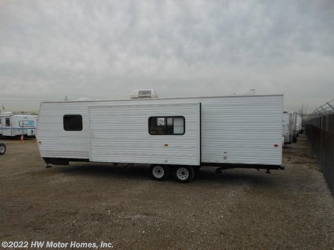 2006 Fleetwood Pioneer  TRAVEL TRAILER**