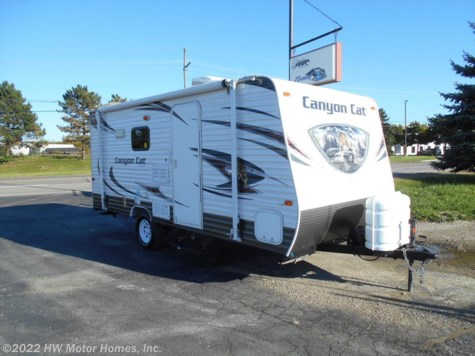 2014 Palomino Canyon Cat  17QBC Bunks - Fr. Queen
