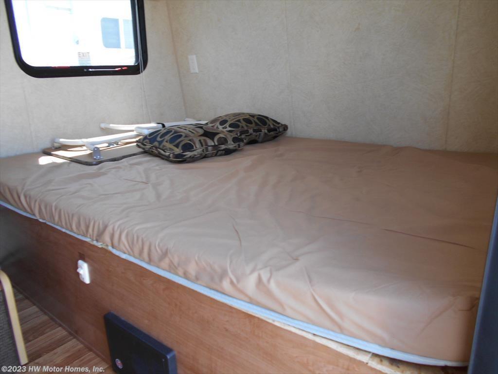 2013 Skyline Rv Bobcat 170 Sofa Slide 7 Wide For