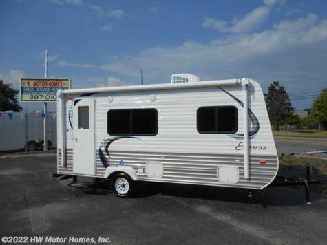 2015 Travel Lite Express  e 18 Q - Front Queen Island  Bed
