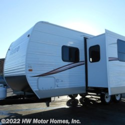 HW Motor Homes, Inc. 2014 Nomad RETRO 230 Double Slide - Aluminum  Travel Trailer by Skyline | Canton, Michigan