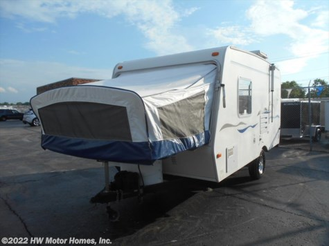 2006 R-Vision Trail-Lite  Bantam  Flier F 17  Hybird Front Tent Bed