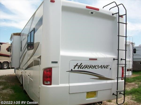 2011 Four Winds International Rv Hurricane For Sale In