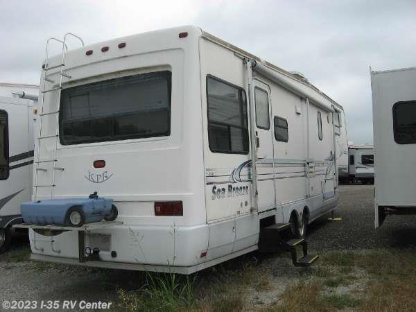 Perfect 2003 Damon RV Challenger  348  WORKHORSE For Sale In Denton TX