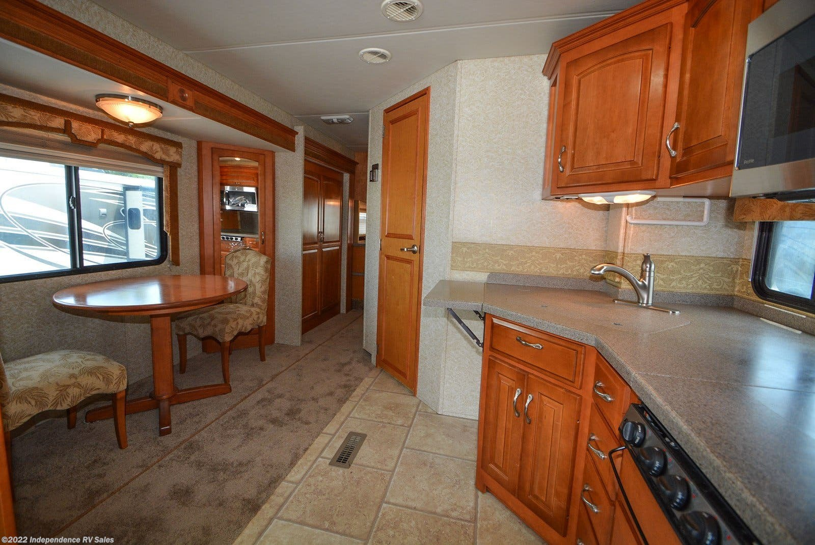 2008 Newmar Grand Star 3750 | Two Slides, Sale Pending