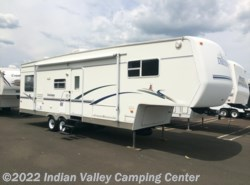 Used 2004  Dutchmen Classic 31RL by Dutchmen from Indian Valley Camping Center in Souderton, PA
