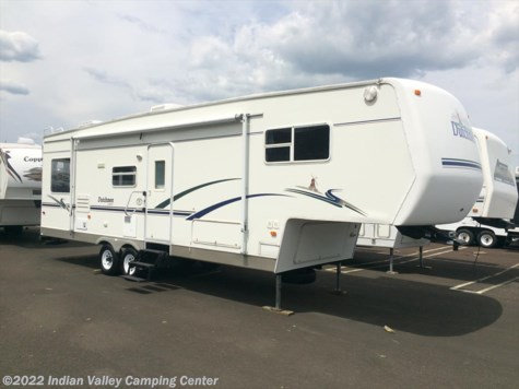 Used 2004 Dutchmen Classic 31RL For Sale by Indian Valley Camping Center available in Souderton, Pennsylvania