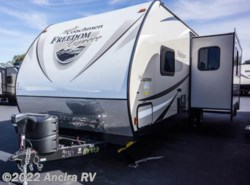 New 2016  Coachmen Freedom Express 281RLDS by Coachmen from Ancira RV in Boerne, TX
