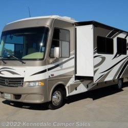 "Kennedale Camper Sales 2013 Daybreak 34BD 35'6""  Class A by Thor Motor Coach 