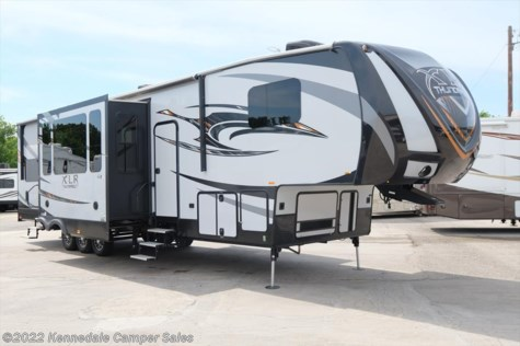 2016 Forest River XLR Thunderbolt  375AMP 42'4