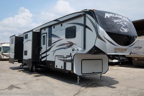 2015 Keystone Avalanche  390RB 39'8