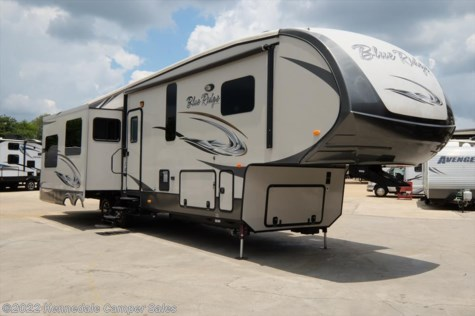 2015 Forest River Blue Ridge Cabin  3775RL 39'1