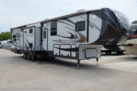 2014 Heartland RV Cyclone  4100 43' **TOYBOX**