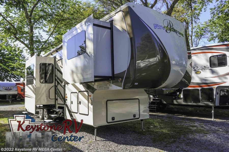 2017 Forest River RiverStone 39FL