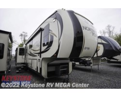 #10108 - 2017 Jayco North Point 377RLBH