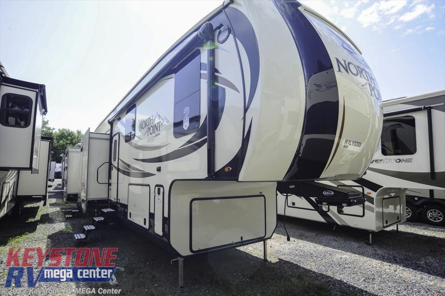 2017 Jayco North Point 375BHFS