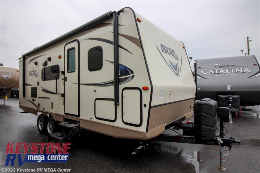 2018 Forest River Flagstaff Micro Lite 25BHS