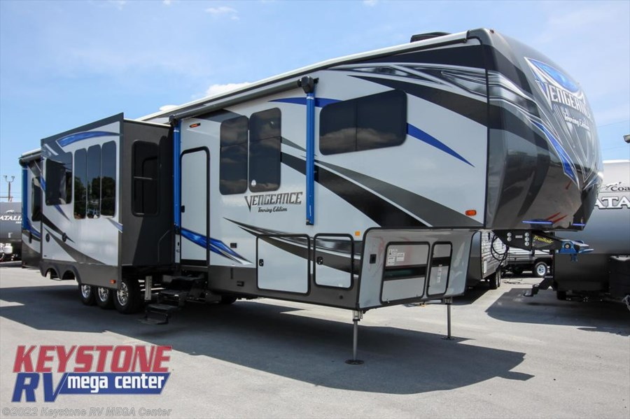 2018 Forest River Vengeance Touring Edition 381L12-6