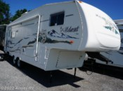 Used 2005 Forest River Wildcat 27 RLWB available in Duncansville, Pennsylvania