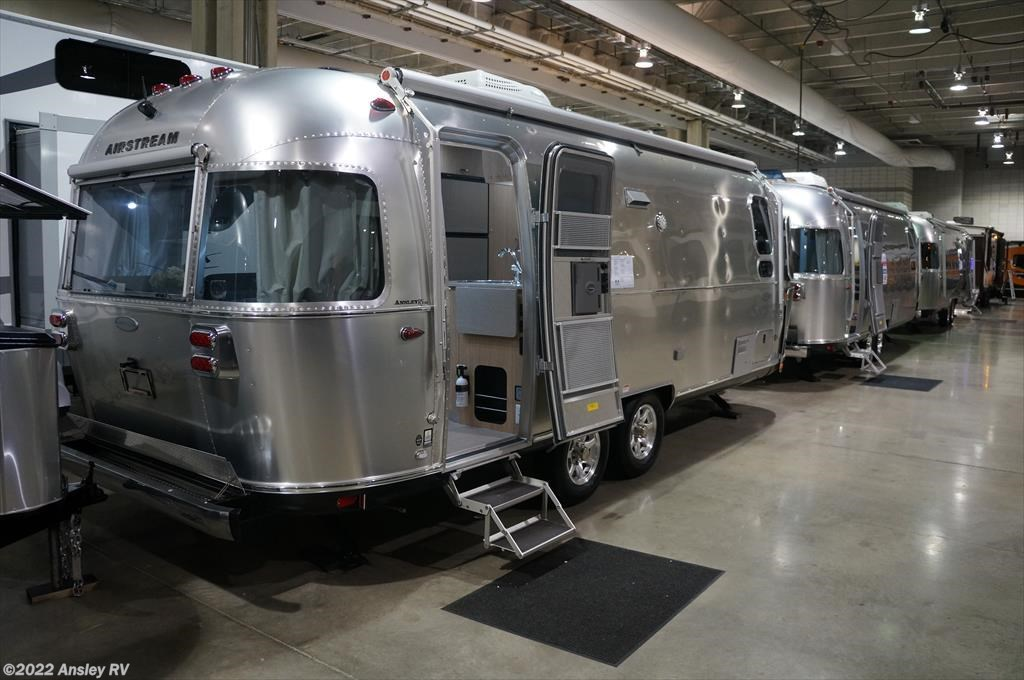 Luxury 2017 Airstream RV Flying Cloud 25FB For Sale In Duncansville PA 16635 | D0794-16 | RVUSA.com ...