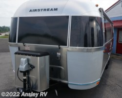 #D0583-17 - 2018 Airstream Tommy Bahama 27FB