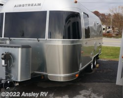 #J0741-17 - 2015 Airstream Flying Cloud 23FB