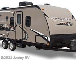 #J0793-17 - 2014 Heartland RV Wilderness WD 3175RE