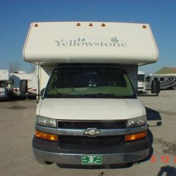 2007 Gulf Stream Yellowstone W6280Y  - Class C Used  in Louisville KY For Sale by Louisville RV Center call 502-966-0911 today for more info.